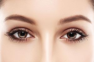 denné líčenie očí naturálne