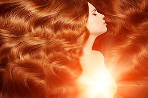 medená farba vlasov