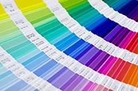 darcekove poukazky - farebna typologia