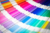 farebné poradenstvo - farebná typológia a poradenstvo v odievaní, modul 1
