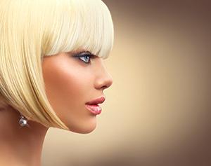 krátky bob, ultra svetlá blond